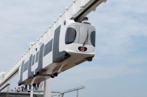 Unikalus viešasis transportas: Uzbekistano miestuose atsiras pakabinami traukiniai iš Kinijos