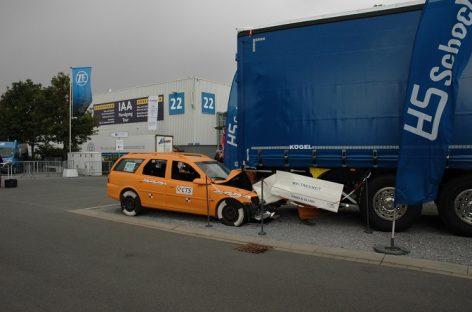 Automobilio apžiūrą po įvykio ERGO perkėlė į mobilųjį telefoną