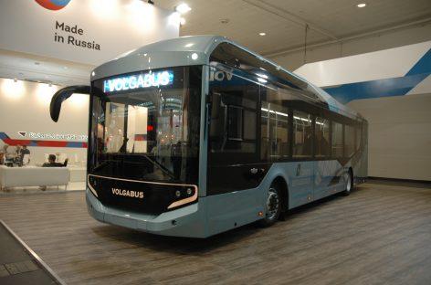"""Hanoverio parodoje – rusiškas elektrinis """"Volgabus"""""""