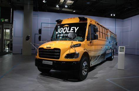 JAV – pirmieji elektriniai mokykliniai autobusai