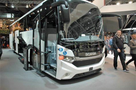 """""""Scania"""" stende Hanoveryje – pirmasis pasaulyje dujinis turistinis autobusas"""