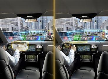 """Itin pažangus """"Continental"""" papildytos realybės projekcinis ekranas"""