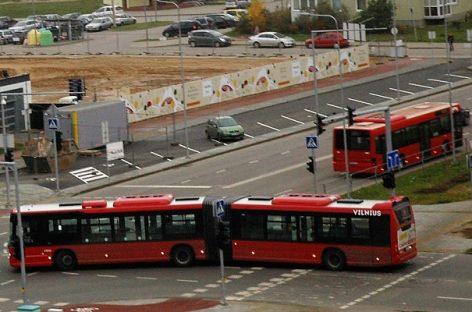 Kas privers privačius vežėjus plauti savo autobusus?