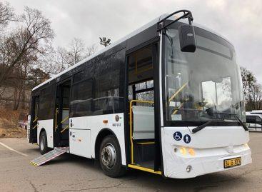 Prieš Kalėdas nauji autobusai dar viename Lietuvos mieste