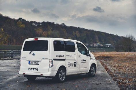 """Tapti """"Lietuvos metų automobiliu 2019"""" pretenduoja rekordinis elektromobilių skaičius"""