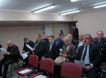 Lietuvos keleivių vežėjų asociacijos atstovai aptarė pagrindines problemas ir apžiūrėjo naują autobusą