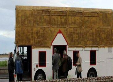 Airijoje – šalies istoriją pasakojantis autobusas