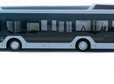 """""""Caetanobus"""" naudos """"Toyota"""" kuro elementų technologiją vandeniliniams autobusams kurti"""