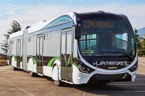 Afrikoje – pirmieji suspaustas gamtines dujas naudojantys IVECO autobusai