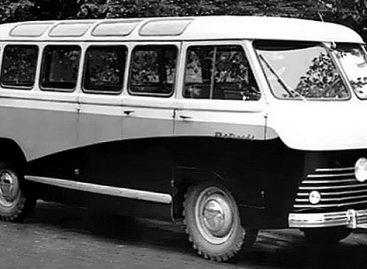 """Latviai nusprendė atgaivinti legendinį autobusų """"brendą"""""""