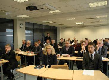 """Asociacijos """"Linava"""" susirinkime – aktualiausios problemos ir nauji Keleivinio transporto tarybos nariai"""