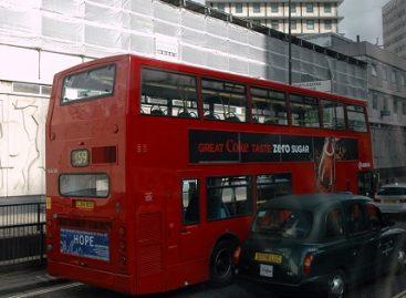 Sąžiningas valytojas rado autobuse keleivio paliktus pinigus ir atidavė juos policijai