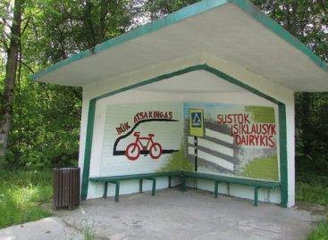 """Autobusų stotelių paviljonai bus išpiešti konkurso """"Saugus eismas kelyje"""" nugalėtojų piešiniais"""
