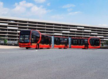 Pristatytas ilgiausias pasaulyje elektrinis autobusas