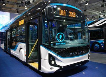 Paryžiuje perkama 800 elektrinių autobusų