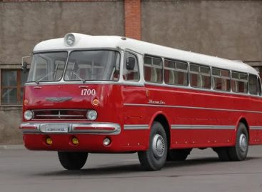 """""""Ikarus 55 Lux"""" atnaujinimo istorija"""