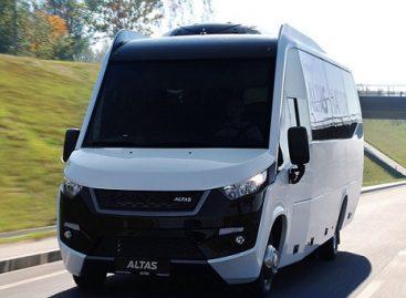 """""""ALTAS VIATOR"""" autobuso dizainas pelnė tarptautinį """"A' Design Award"""" sidabro apdovanojimą"""
