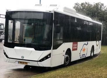 Izraelyje pradedami gaminti elektriniai autobusai