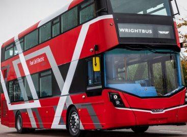 Londonui – dviaukščiai vandeniliniai autobusai