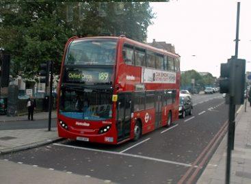 Kodėl Didžiosios Britanijos autobusai – dviaukščiai?