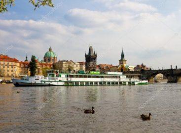 Prahoje upiniai tramvajai taps viešuoju transportu