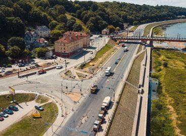 Nuo pirmadienio Kauno Aleksoto tiltu vėl važiuos viešasis transportas