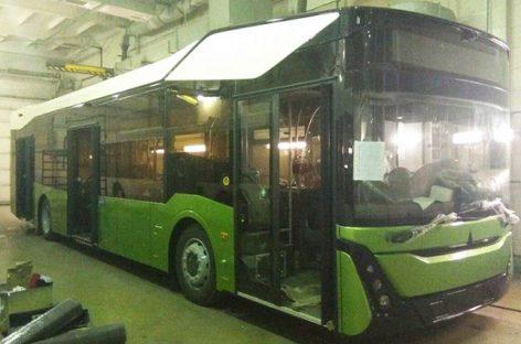 Socialiniuose tinkluose pasirodė naujo MAZ autobuso nuotraukos