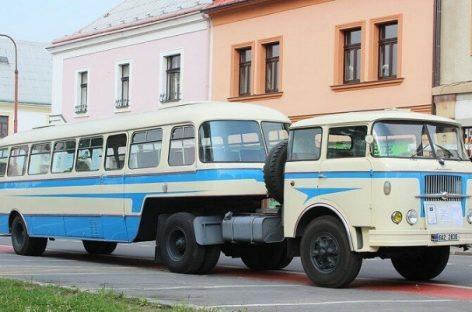 """Čekiškas """"Karosa NO80"""" – autobusas su puspriekabe"""