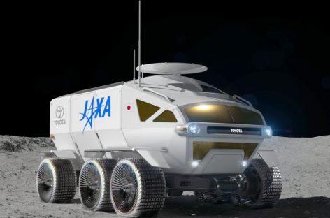"""""""Toyota"""" kuria vandenilinį autobusą Mėnuliui"""