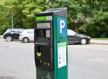 Sostinės vairuotojai už automobilių stovėjimą gali atsiskaityti ir bekontaktėmis kortelėmis