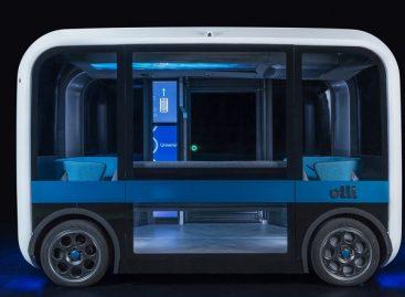 Savivaldį elektrinį autobusą atspausdino 3D spausdintuvu