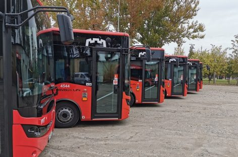 Į sostinės gatves išrieda dar 10 naujų autobusų