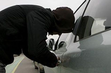 Vagys taikosi į vis naujesnius ir brangesnius automobilius
