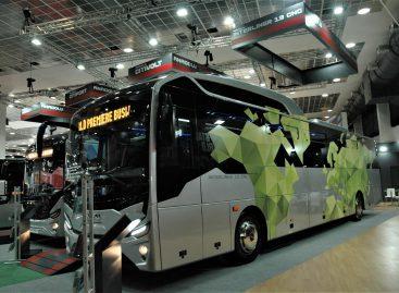 """""""Busworld Europe"""" perkėlimas į Briuselį pasiteisino: daugiau dalyvių ir lankytojų"""
