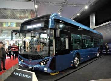 """""""Busworld Europe"""" Turkijos """"Temsa"""" gamintojai pristatė elektrinį autobusą"""