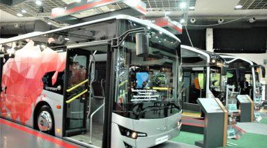 """ISUZU stende """"Busworld Europe"""" – trys pasaulinės premjeros"""