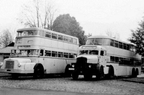 Dviaukščiai autobusai – ant balninio vilkiko važiuoklės