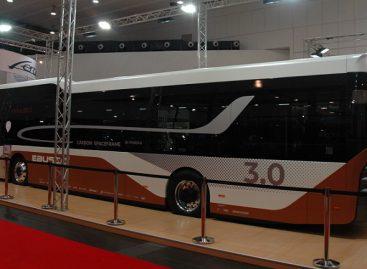 """""""Ebusco"""" autobuso prototipui """"Busworld Europe"""" parodoje – apdovanojimas už inovacijas"""