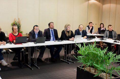 Rygoje profesinių sąjungų atstovai aptarė keleivinio ir krovininio transporto problemas