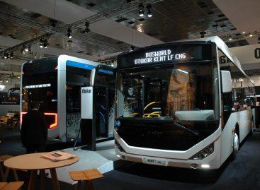 """""""Otokar"""" Briuselyje pademonstravo alternatyvius degalus naudojančius autobusus"""