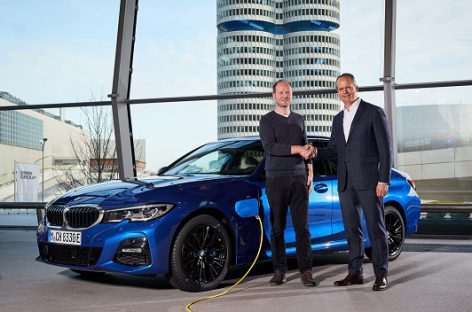 Ištesėtas pažadas: keliuose – jau pusė milijono elektrifikuotų BMW automobilių
