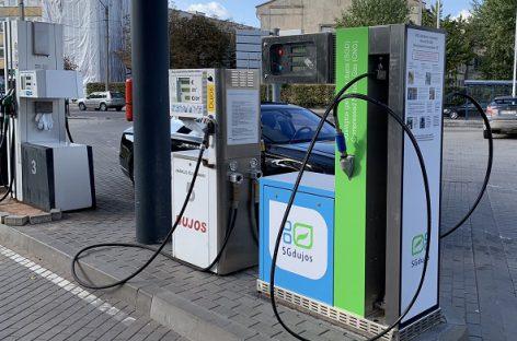 Naujos galimybės ekologiško transporto entuziastams Vilniuje – atidaryta nauja visą parą veikianti SGD stotis
