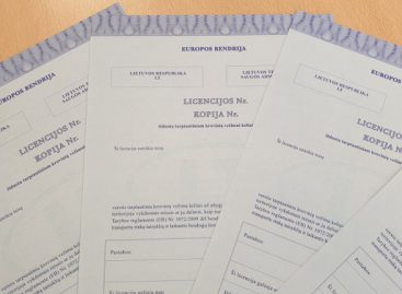 Pokyčiai kelių transporte: licencijos kopijas reikės keisti rečiau