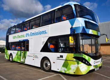 """""""Stagecoach"""" žada iki 2020-ųjų tapti vienu didžiausiu elektrinių autobusų parkų Europoje"""