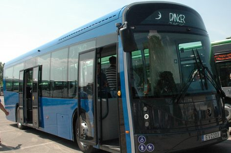 "Per Šviesų festivalį Klaipėdoje veš elektrinis ""Dancer"" autobusas"