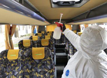 Patikrinta, ar vietos ir tarpmiestiniuose autobusuose laikomasi karantino režimo saugos reikalavimų