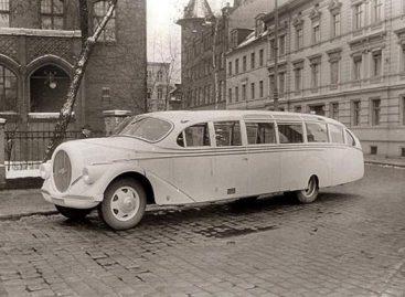 """Skraidantys"" autobusai trečiojo Reicho automagistralėse"