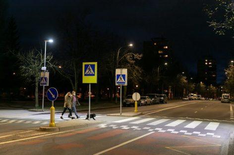 Net 80-yje Vilniaus perėjų įrengiamas saugus kryptinis apšvietimas