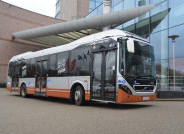 """""""Volvo Buses"""" Briuselio vežėjams pateiks 128 hibridinius autobusus"""