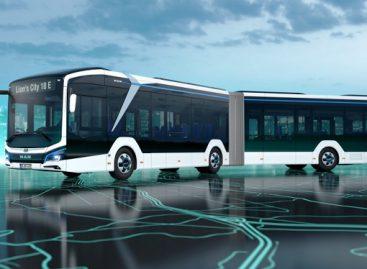 MAN pristatė 18 m ilgio elektrinį autobusą